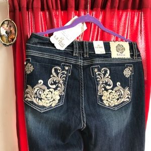 L.A. idol Jeans - L.A. Idol jeans USA size 17 x33L NWT